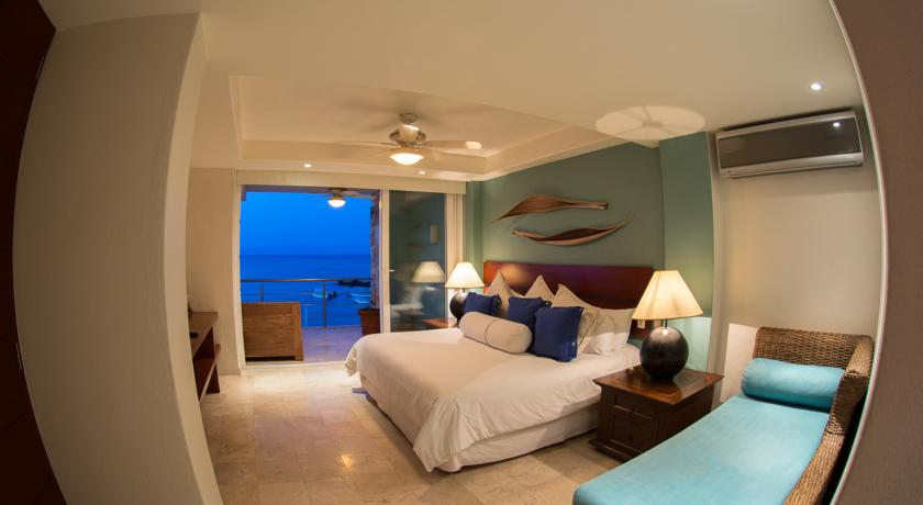 starfish suite hotel cinco punta mita surf